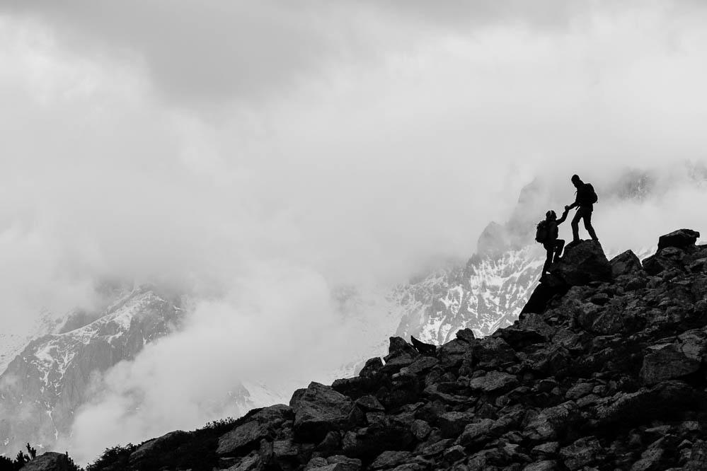 Unterstützung, Hilfe, Die Bergwanderer