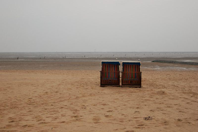 Strandkorb, verregneter Sommer 2011 schlechtes Wetter trostlos Sauwetter Urlaub Ferien