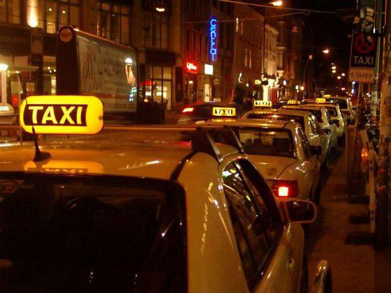 Taxistand, Hackesche Höfe, Berlin