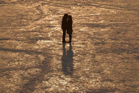 Kuss auf dem Eis…