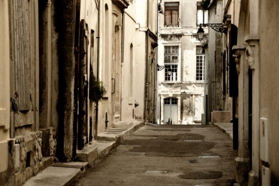 Arles, Südfrankreich. Gassen