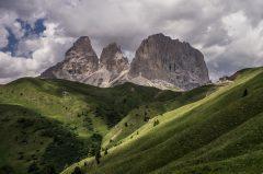 Bergwelt in den Dolomiten. Südtirol, Traumstrasse am Sellapass