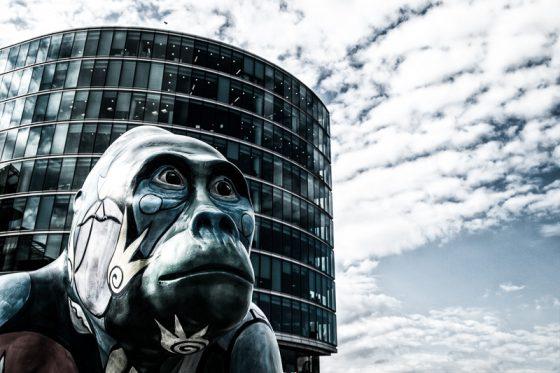 Gorilla in der Stadt