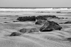Steine am Strand, Irland